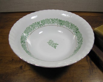 Yamatsu - Small Serving Bowl - Green Flower and Leaf Band - Swirled Rim - Gold Accent