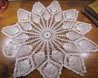 "Vintage Crocheted Doily - Strawberry Pattern - Pearly Ecru - 17 3/4"""