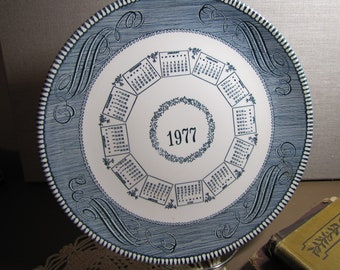 Vintage Calendar Plate - 1977 - Blue and Creamy White - Scroll Pattern