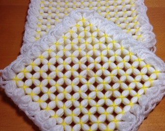 Yarn Woven Hot Mat - Trivet - Pot Holder