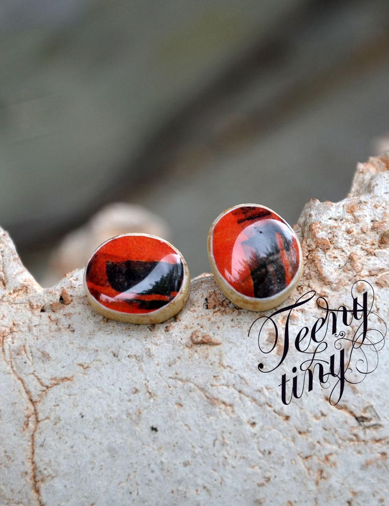 resin toped natural jewelery birch twig irregular circle unique small tiny art gift eco organics 144 red wooden stud earings