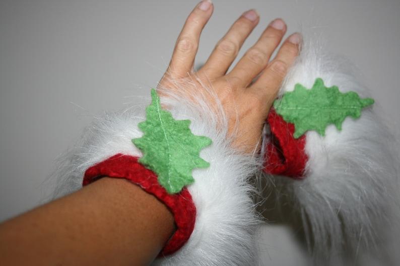 Christmas Elf cuffs Red And White Festive Holly Leaf Felt Wrist Warmers With Fur Wild Winter Woodland Goddess.Gorgeous Soft White Fur.OOAK