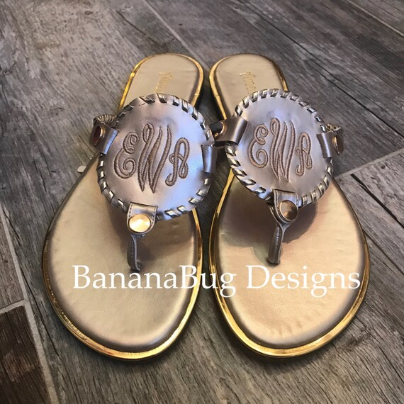 Monogrammed Sandals,Personalized Mothers Day Gift,monogrammed beach sandals,Preppy sandals,Circle disc sandals,Gift for mom