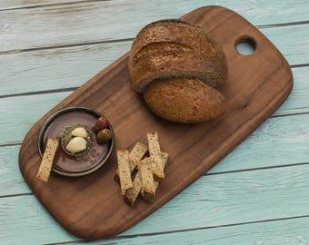 Artisan line Rounded Rectangular Walnut Cutting Board - Monterey