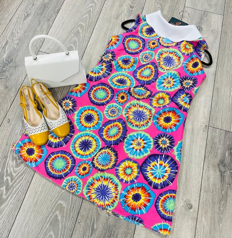 1960s Style Clothing & 60s Fashion 1960s Retro print Dress roll collar $109.04 AT vintagedancer.com