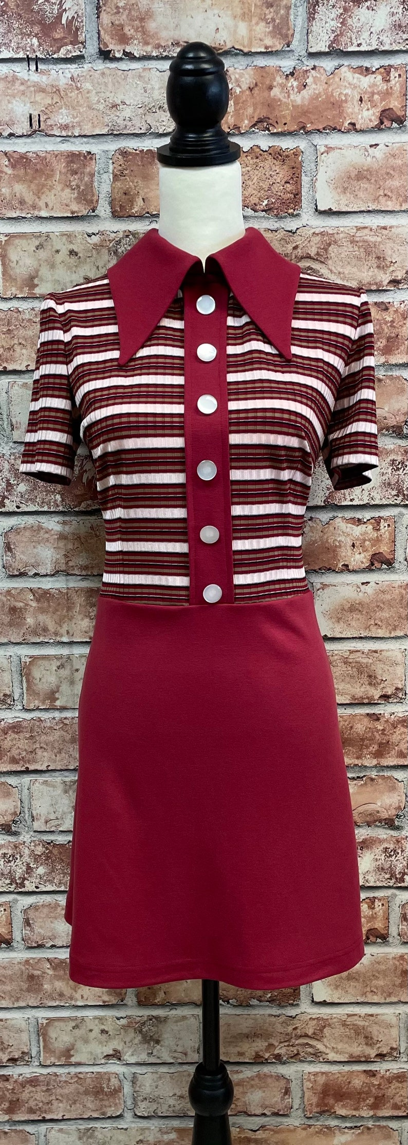 70s Clothes | Hippie Clothes & Outfits 1970s inspired mod dress spear collar contrast stripe. $107.65 AT vintagedancer.com