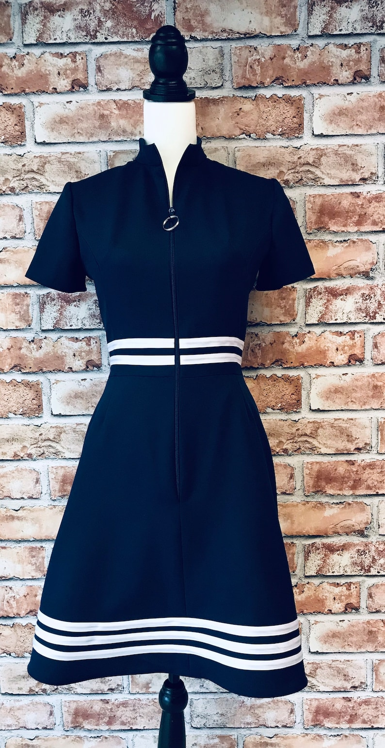 60s Dresses | 1960s Dresses Mod, Mini, Hippie 1960s Mod dress navy and white Turtle collar zip front fit and flare $104.00 AT vintagedancer.com