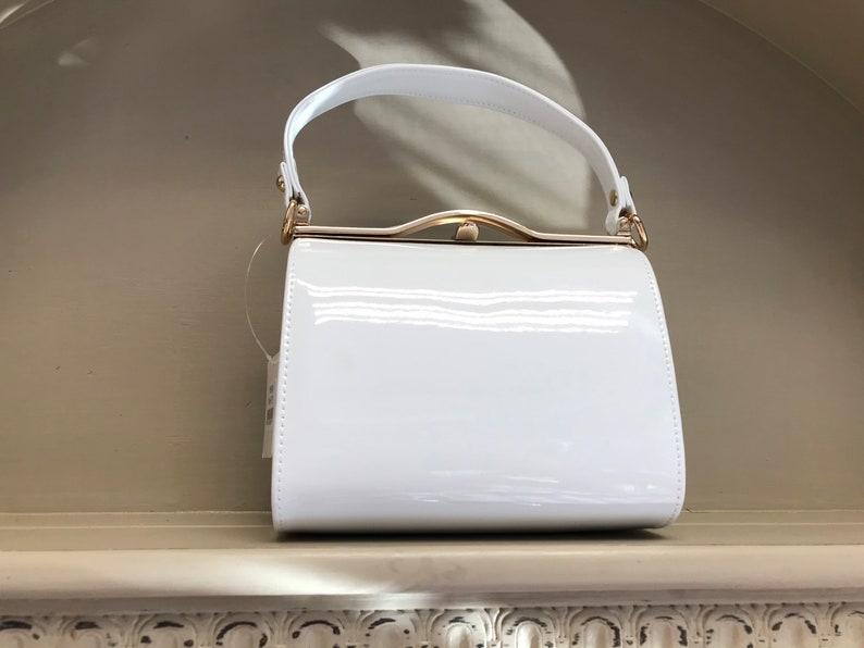 Vintage Handbags, Purses, Bags *New* Retro handbag 1960s mod $42.90 AT vintagedancer.com