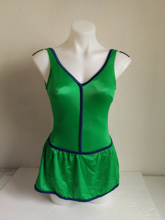 Bombshell Swimwear, 1970s Swimsuit Pin up, one pi… - image 2