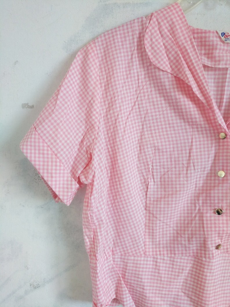 Vintage Blouse 1950s Spearhead Pussy Bow Belly Shirt White Pink Blouse Pearlette Style 50s Button Down Shirt