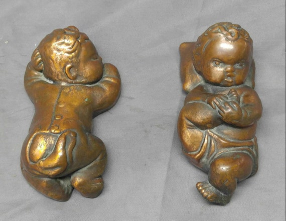 6 tiny vintage 2cm babies with belly buttons