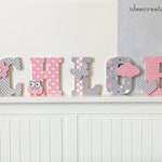Letters to ask, first name in wood and printed fabric customizable to the child's first name, pink and grey model