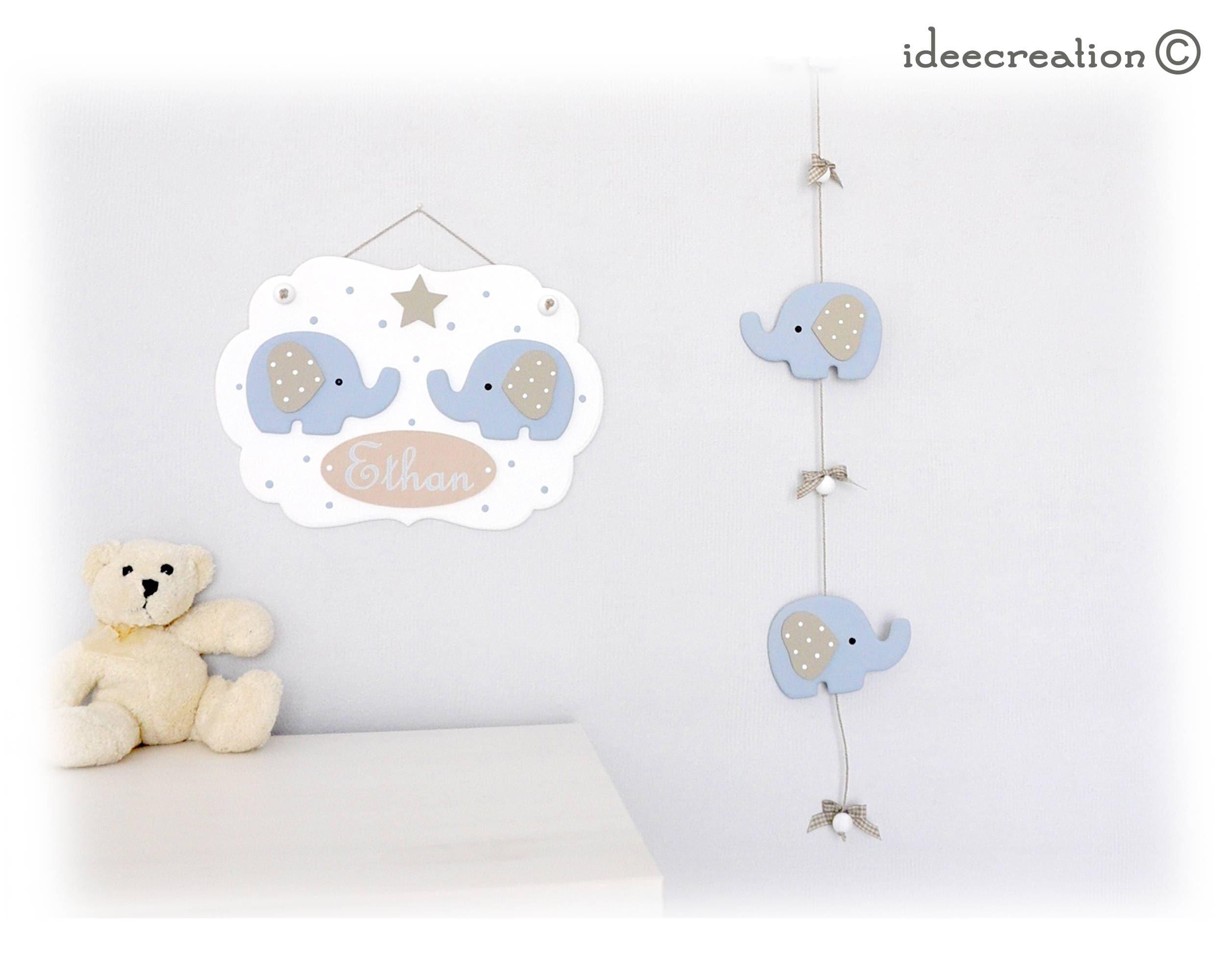 cadre pr nom b b d co l phants bleus en bois et. Black Bedroom Furniture Sets. Home Design Ideas