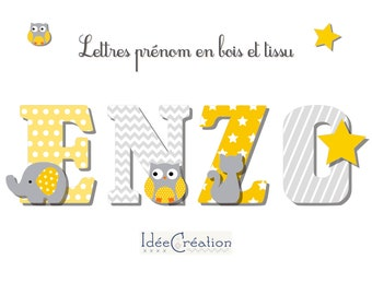 Letters to ask, wooden first name letters and customizable printed fabric with the child's first name, Yellow and Grey model