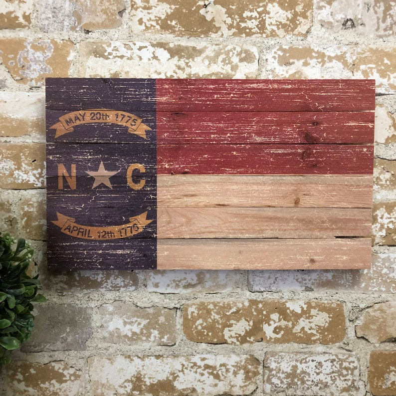 Flag Pallet Print North Carolina State Flag Wooden Flag Pallet Wall Art Rustic Home Decor Farmhouse Decor Pallet Wall Art