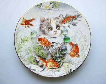Fishful Thinking Kitten Encounters ~Pam Cooper 1986 Bone China Royal Worcester Plate