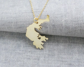 Grèce Collier or, Grèce charme collier, pendentif collier, Grèce en forme de bijoux avec cœur, personnalisé n'importe quel collier de pays