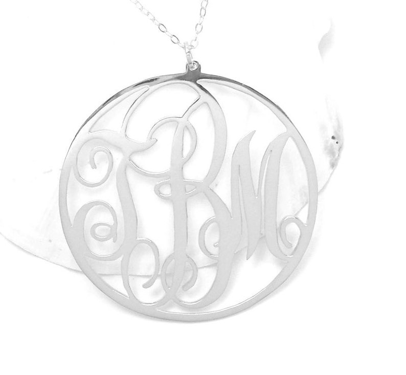 1.5 inch Nameplate Monogram Necklace,Gold Monogram Circle Necklace,Monogram Initial Necklace,Personalized Monogram Jewelry,Bride-to-be