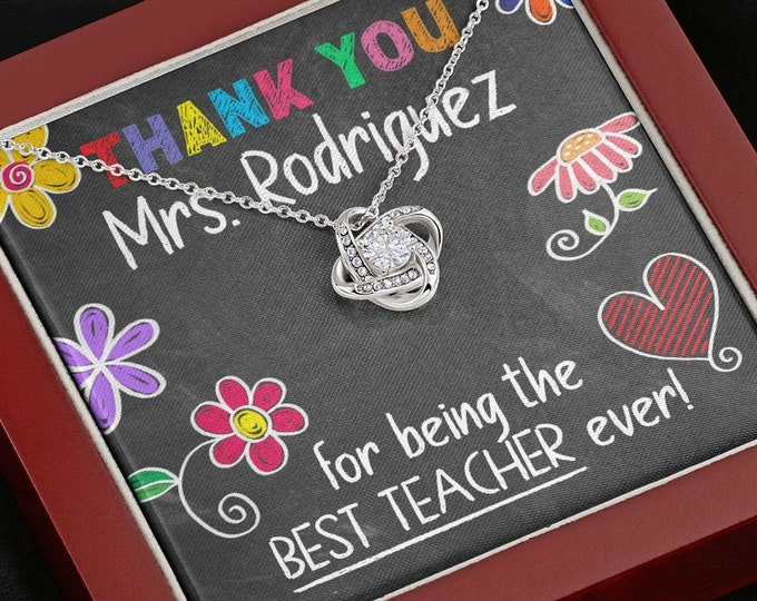 Personalized Teacher Necklace, Customized Techer Gift, A Truly Amazing Teacher Appreciation Gift, Chalkboard Thank You Teacher Gift Idea