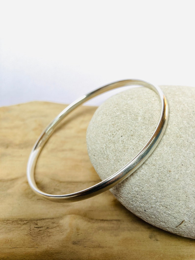 Silver bangle sterling silver jewellery contemporary image 0