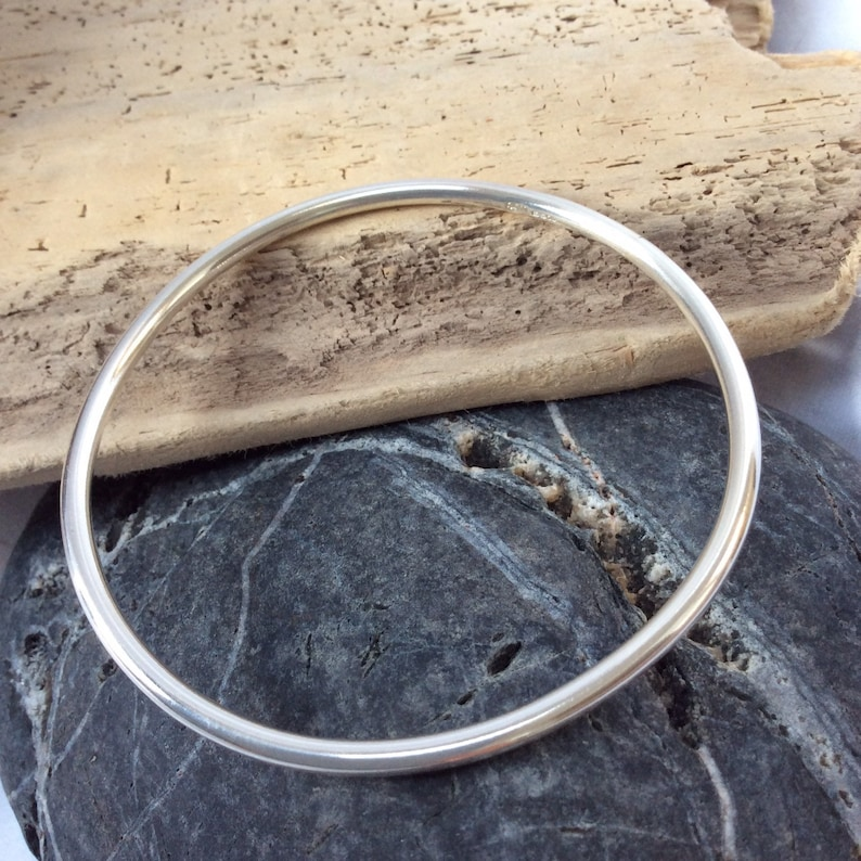 Solid silver bangle  sterling silver jewellery  made to image 0