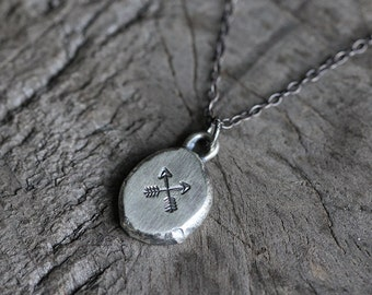 hammered pebble arrow necklace. stamped crossed arrows pendant. antique oxidized sterling silver. organic artisan jewelry (friendship)