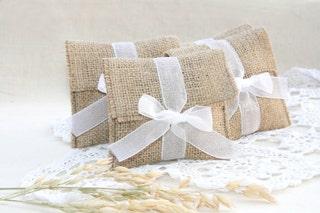 Burlap favor bags, Rustic favor bags, wedding favors bags, burlap wedding decor, Wedding gift bag, Wedding Favor Bags, Burlap Gift Bags