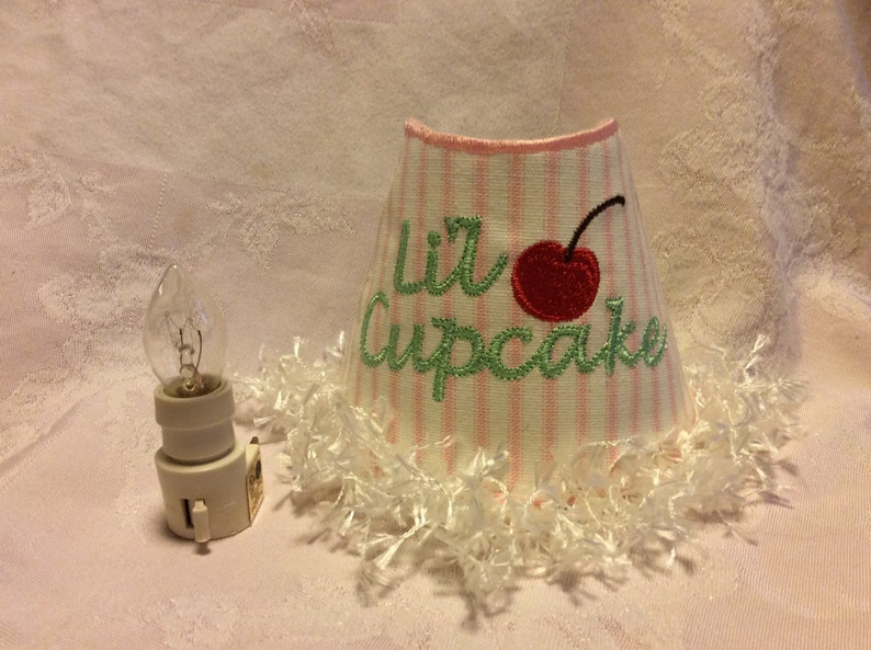 Night Light Embroidered 'Lil Cupcake'. image 0