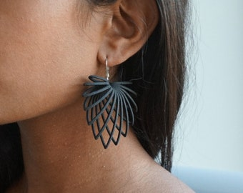 Leafy | 3D printed earrings - black