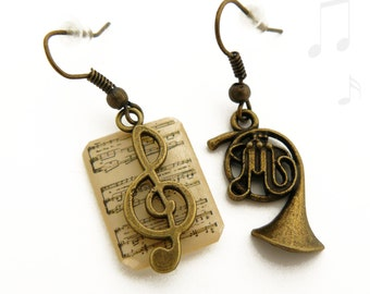 Earrings music, partition, and musical instrument