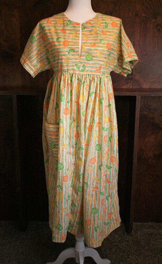 Vintage 40s50s handmade seersucker tulip dress