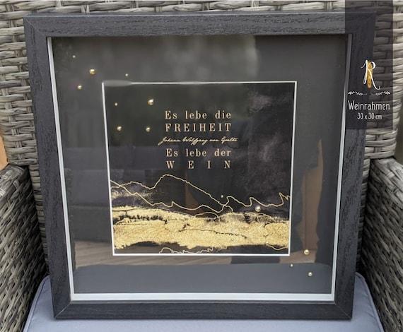"3D Object Frame & Print > Weinrausch < ""Long live freedom! Long live the wine!"" J. W. von Goethe - 30 x 30 cm black"