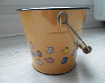 stunning small vintage French decorative enamel bucket