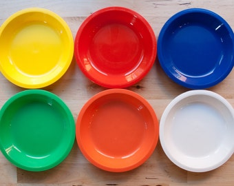 Mid Century Primary Colored Childrens Plates Small (Set of 6)