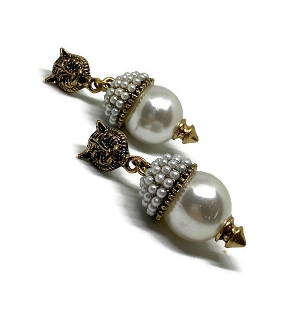 Cat Pearl Earrings, Pearl Cat Earrings, Cat Drop E