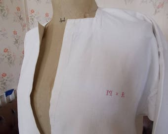 989a7b51fa3 Antiek Frans linnen mannen Nachthemd. HAND GENAAID. Monogram 'Heer' linnen  nacht Shirt. Antiek Nachthemd. Frans linnen. MxR06