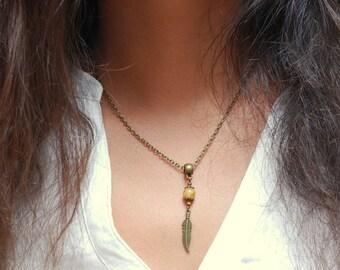 Feather necklace, boho necklace, hippie jewelry, summer necklace, feather bead necklace, bohemian necklace