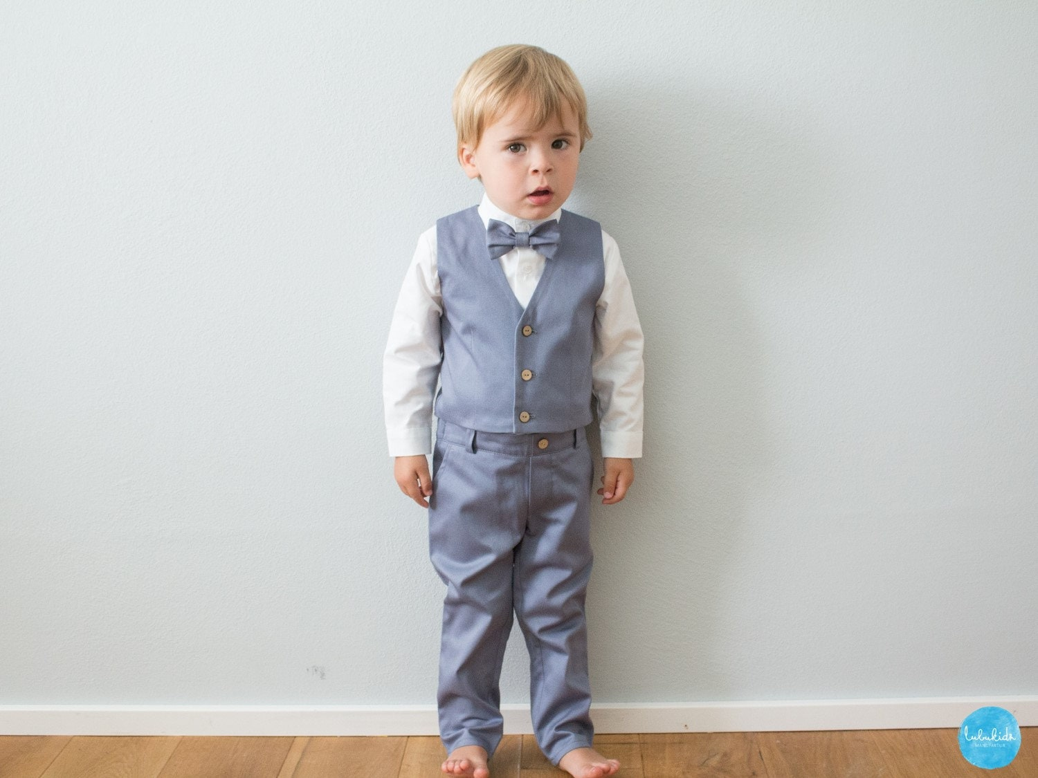 84f5babc Chino Pants With Shirt And Tie
