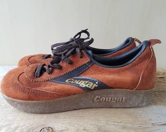 a5858e4de6f6 Vtg 70s COUGAR Platform Tie Sneaker Shoes Brown Suede   Gold - Excellent  condition! Sz 6.5 M Ladies Runners Big Rubber Sole