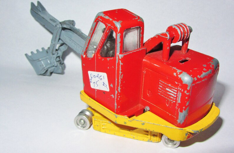 CORGI Major Toys Vintage 1960/'s PRIESTMAN Luffing Cub Shovel Die Cast Toy Made in Great Britain Construction #1128 Scale Model Missing Parts
