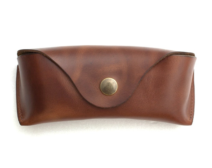 Soft glasses case waxed vegetable tanned leather