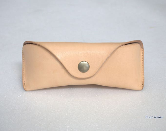 Bausch and Lomb aviator leather case  Veg tan un-dyed leather Handmade
