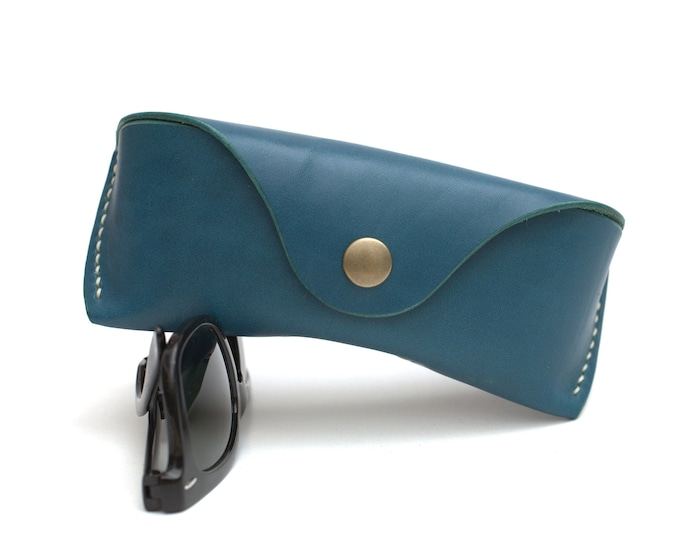 Vegetable tanned leather Glasses case personalized Aqua color*