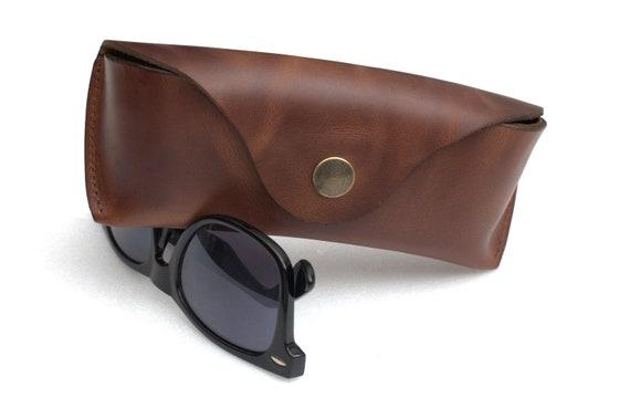 Etui cuir lunettes de soleil RayBan lunettes de soleil en cuir   Etsy 0299373c433a