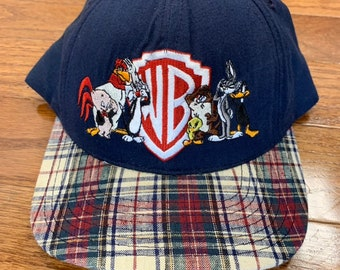 c72bc89f276d8 Deadstock Vintage 1990s Snapback Hat Cap Looney Tunes