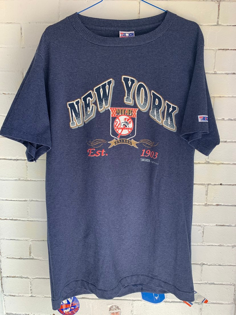reputable site a6939 f487d Vintage New York Yankees Striped Tee Shirt