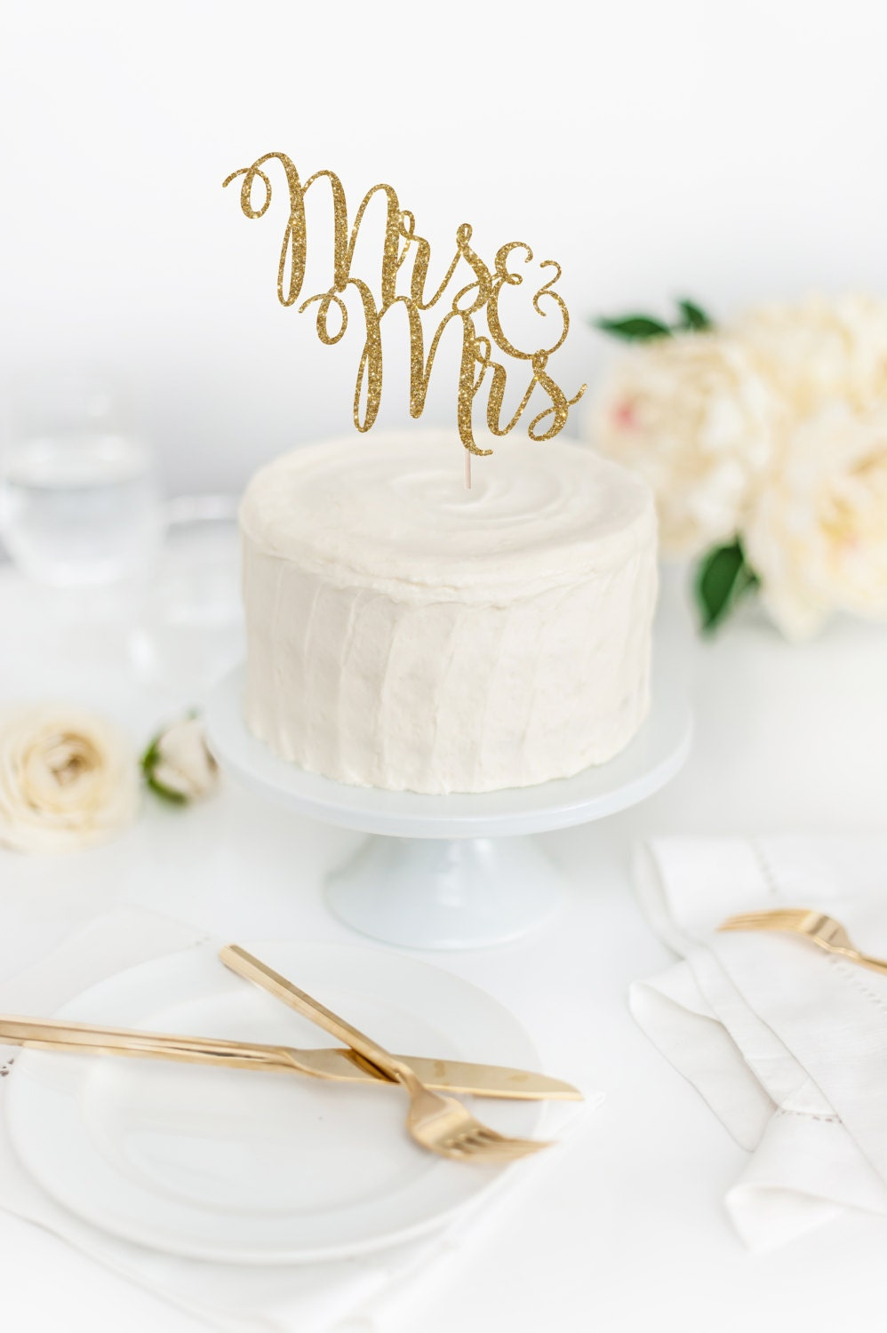 Mrs & Mrs Cake Topper - Wedding Cake Topper - Two Brides Cake Topper ...