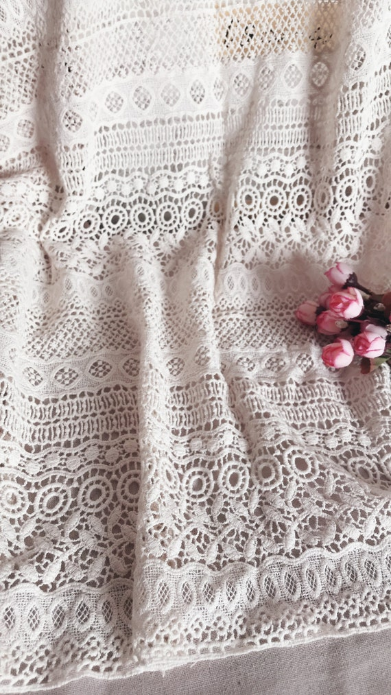 Pattern #1586 White Width 3536 3 yards Yellow Pink Perfect for Easter Vintage Fabric Vintage Lace Sewing Green Fab Lace Inc White