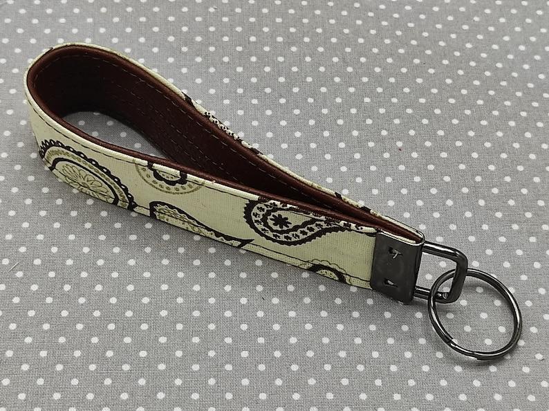 Keychain Wristlet Lanyard Beige Paisley
