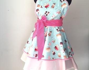 Retro 50's rockabilly pinup ladies cake print apron